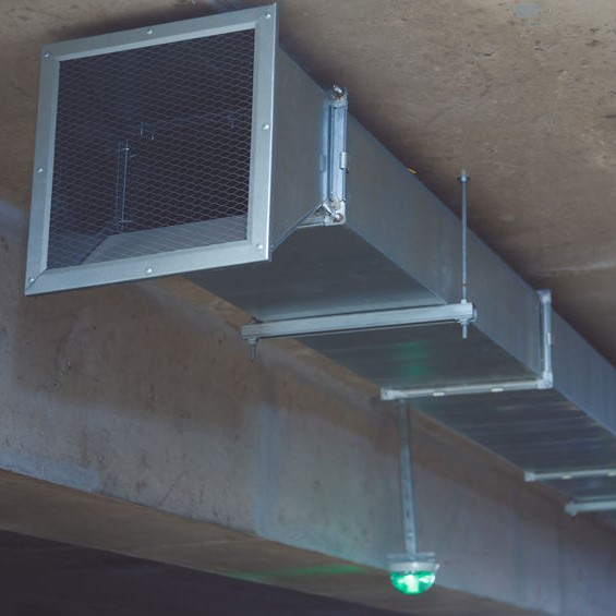 air duct along ceiling
