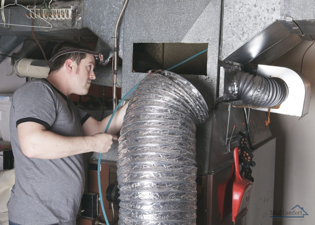 Call Our Experts to Find Out if It's Time for a Duct Cleaning.
